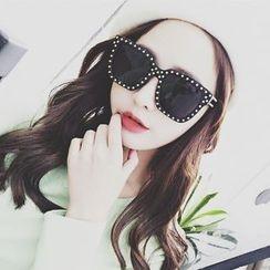 UnaHome Glasses - 铆钉粗框太阳镜