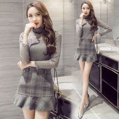 Clospace - Set: High-Neck Long-Sleeve Top + Ruffle Hem Plaid Skirt