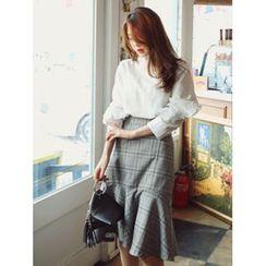 LOLOten - Ruffle-Hem Glen-Plaid Skirt