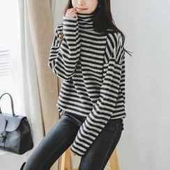 JUSTONE - Turtle-Neck Brushed-Fleece Stripe Top
