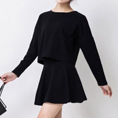 Nanta - Set: Long-Sleeve Loose Fit Pullover + Frilled Skirt