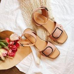 Laceuplux - 飾扣踝帶涼鞋