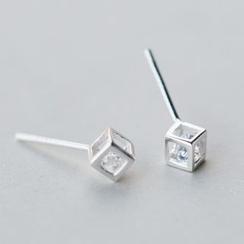 A'ROCH - 925纯银立方体耳钉