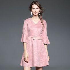 歐依潮派 - 鐘形袖飾腰帶連衣裙