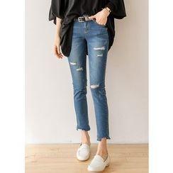 J-ANN - Fray-Hem Distressed Jeans