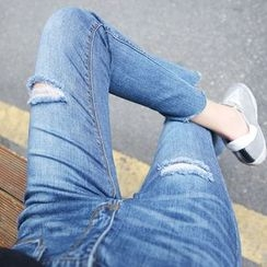 Envy Look - Distressed Boot-Cut Jeans