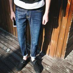 以路 - 錐形牛仔褲