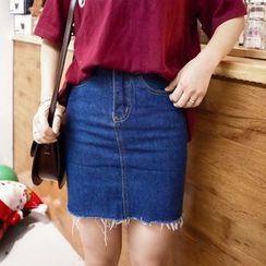 Windflower - Fray-Hem Pencil-Cut Denim Skirt