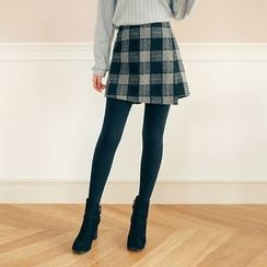 Seoul Fashion - Plaid Flap-Front Mini Skorts
