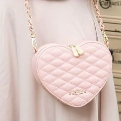 Axixi - Quilted Heart Cross Bag