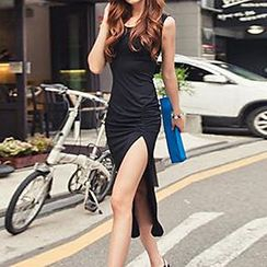 Ranee - Sleeveless Slit-Front Dress