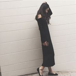 QZ Lady - Long-Sleeve Shoulder Cut Out Woolen Midi Dress