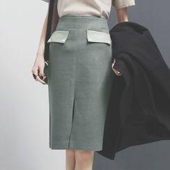Sonne - 大口袋前开叉毛呢半身中裙