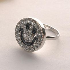 Fit-to-Kill - Diamond Smile Face Ring