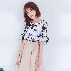 Tokyo Fashion - Short-Sleeve Printed Ruffled Top