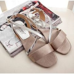QQ Trend - Cross Strap Sandals