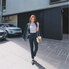 ERANZI - Pocket-Side Tapered Dress Pants