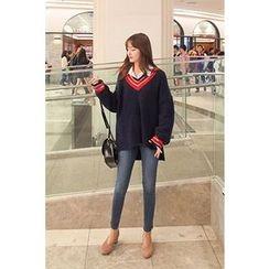CHERRYKOKO - V-Neck Contrast-Trim Sweater