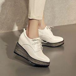 錦洋鞋業 - 厚底船跟繫帶鞋