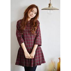 GOROKE - Pleat-Hem Wool Blend Plaid Mini Dress