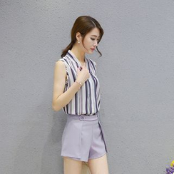 Sienne - Set: Striped Sleeveless V-Neck Blouse + Shorts