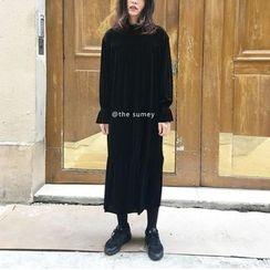 THESUMEY - Velvet Maxi Dress