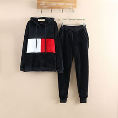 Nycto - Set: Color Block Hoodie + Jogger Pants