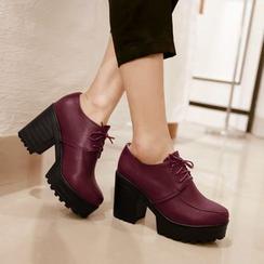 Shoes Galore - Block Heel Platform Lace-Up Shoes