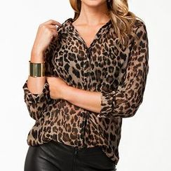 Eloqueen - Long-Sleeve Leopard Print Shirt