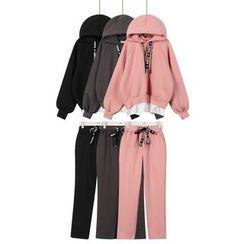 Momewear - 套装:连帽衫 + 裤