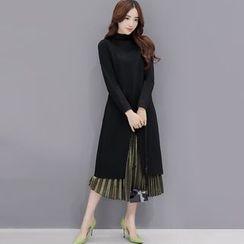 lilygirl - Fleece-Lined Mock-Neck Long-Sleeve Dress