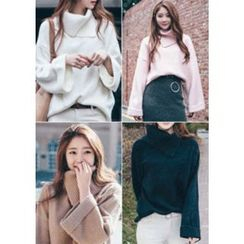 Chlo.D.Manon - Slit Turtle-Neck Wide-Sleeve Knit Top