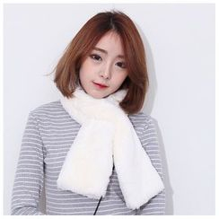 Sens Collection - Faux Fur Scarf