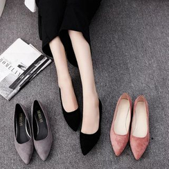 Wello - Pointed Velvet Flats