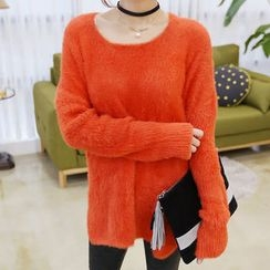 DANI LOVE - Round-Neck Furry-Knit Sweater
