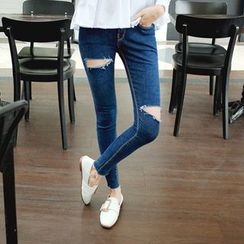 Cherryville - Cutout Skinny Jeans