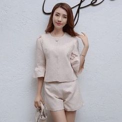 Romantica - Set: 3/4-Sleeve Check Top + Shorts