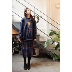 CHERRYKOKO - Graphic Brushed-Fleece Lined Sweatshirt
