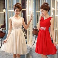 Caramelo - Embellished Sleeveless Bridesmaid Dress