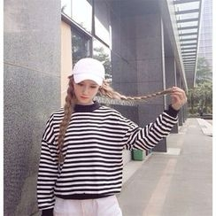 Eva Fashion - Striped Pullover