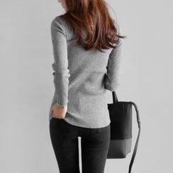 JUSTONE - Mock-Neck Colored Knit Top
