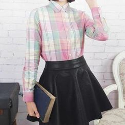 Tangi - Long Sleeved Dotted Blouse