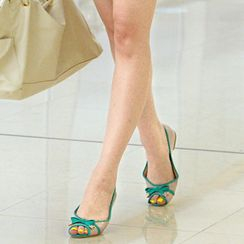 59th Street - Bow-Accent Open-Toe Flats