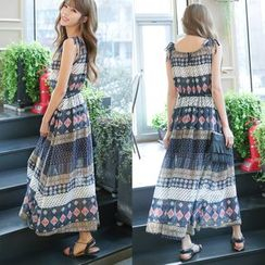 Dowisi - Patterned Sleeveless Chiffon Dress