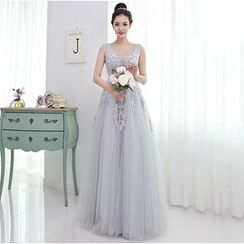 YACCA - Lace Trim Evening Gown