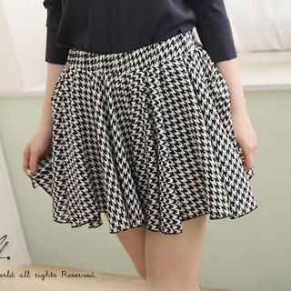 CatWorld - Houndstooth A-Line Skirt