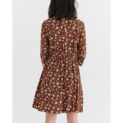 Someday, if - 3/4-Sleeve Flower Patterned Dress