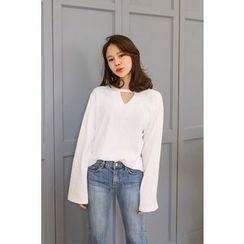 PPGIRL - Cutout-Front Bell-Sleeve Top