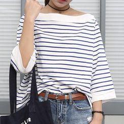 Napkiki - Off-Shoulder Striped Top
