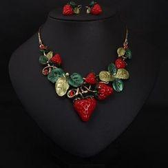 Utsukushi - Set: Strawberry Necklace + Earrings